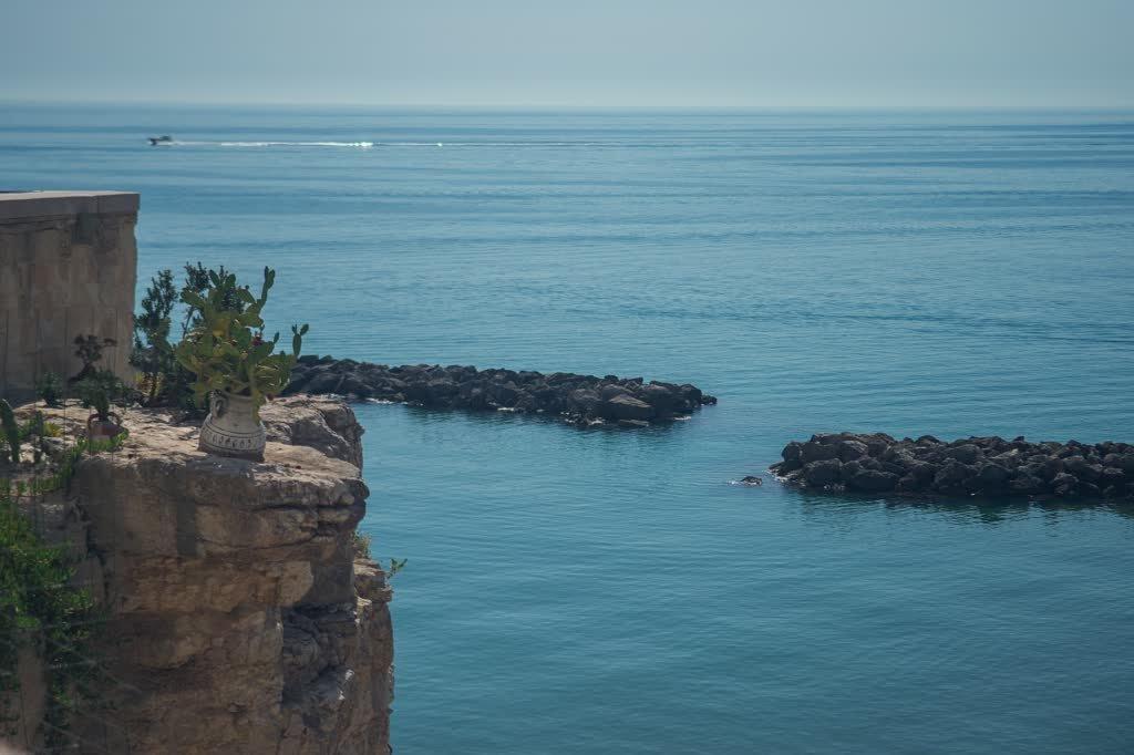 Viaggio a Vieste cosa vedere nella perla del Gargano, puglia, vieste, passeggiare per i vicoli di vieste, le grotte marine di vieste, le spiagge di vieste, dove dormire a vieste, la scalinata dell'amore, gargano