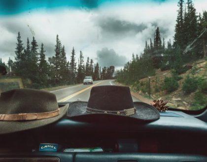 Le 5 migliori canzoni per un viaggio in auto On the Road